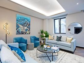 Luxurious Apartments At Golden Square By Piccadilly photos Exterior