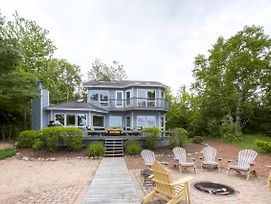 Lavish Charlevoix Home W/Fire Pit On Lake Michigan photos Exterior