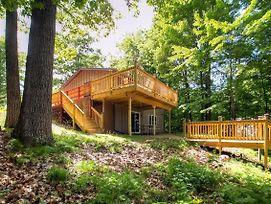 Remodeled Red Cedar Lake Home With Pontoon Rental! photos Exterior