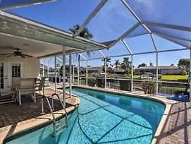 Astounding Waterfront Cape Coral Home W/Pool! photos Exterior