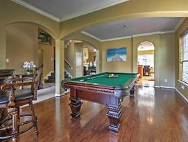 Rustic Pearland Home W/Pool - 15 Mins From Houston photos Exterior