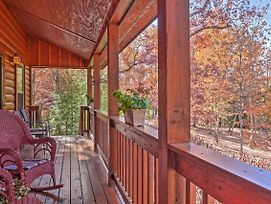 Scenic Family Cabin With Porch On Lookout Mountain! photos Exterior