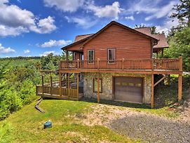 Fleetwood Cabin W/ Hot Tub Near Blue Ridge Pkwy! photos Exterior