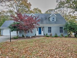East Marion Home Walk To Beach-3 Mi To Greenport! photos Exterior