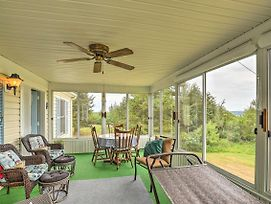 House On Seneca Lake With Sunroom Near Boat Launch! photos Exterior