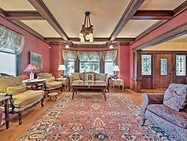 Historic Auburn House On 37 Acres W/Private Lake! photos Exterior