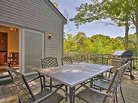 Poconos Home With Shared Pool, 9 Mi From Jack Frost! photos Exterior
