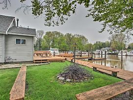 New! South Haven Riverfront House W/ Boat Dock! photos Exterior