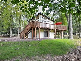 Cozy Lake Harmony Home With Deck - Between 2 Lakes! photos Exterior