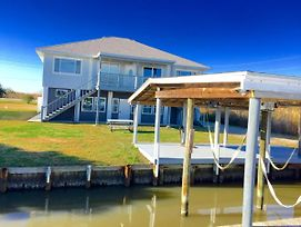 Waterfront 5Br Slidell House W/Private Boat Dock photos Exterior