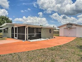 Updated Lehigh Acres House W/ Screened Porch! photos Exterior