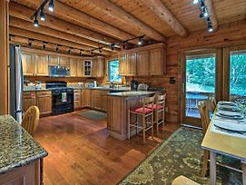 Stellar Wilmington House On 20 Wooded Acres! photos Exterior