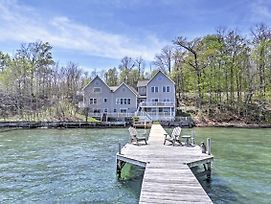 Lavish Seneca Lake Home W/ Seasonal Hot Tub! photos Exterior