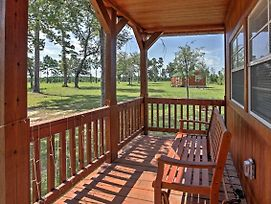 Plantersville Cabin On 50 Acres With Pond! photos Exterior