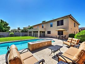 Spacious Litchfield Park Home With Yard, Heated Pool photos Exterior