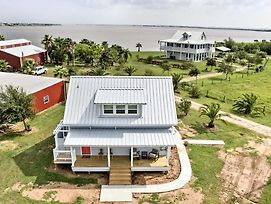 Updated Ranch Cottage W/ Pier On Carancahua Bay! photos Exterior