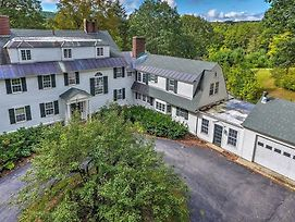 Colonial Keene House On 7 Acres With Pool! photos Exterior