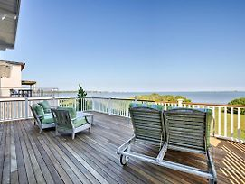 Luxe East Quogue Waterfront Home W/ Sandy Beach! photos Exterior