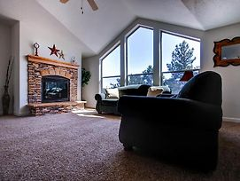 Secluded Boulder House - Next To National Forests! photos Exterior