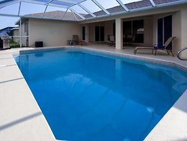 Updated 4Br Cape Coral House W/Private Pool! photos Exterior