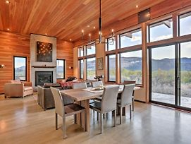 Breathtaking Winthrop Home W/ Mtn Views By River photos Exterior