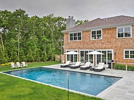 Luxury East Hampton Home W/Private Saltwater Pool! photos Exterior