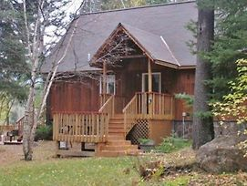 Riverfront Hungry Horse House - Large Deck And Canoe photos Exterior