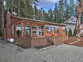 Poulsbo Waterfront House With Fire Pit On Liberty Bay photos Exterior