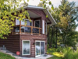 Lakefront Brainerd Cabin - Great Rice Lake Fishing photos Exterior