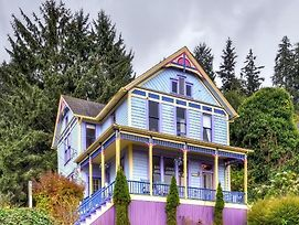 'Astoria Painted Lady' Historic Apt W/ River View! photos Exterior