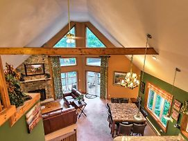 Private Chalet W/Pool Table 1 Mi. From Pocono Lake photos Exterior