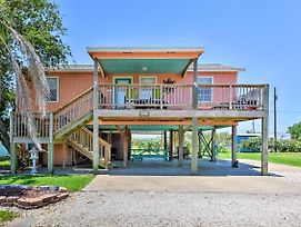 Quiet Port O'Connor House - Perfect For Fishing! photos Exterior
