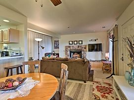 Cozy Stateline Condo W/ Community Hot Tub & Views! photos Exterior