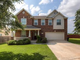 Welcoming Live Oak Home With Backyard And Game Room! photos Exterior