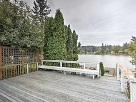 Lakefront Port Orchard Home W/ 2 Decks & Hot Tub! photos Exterior