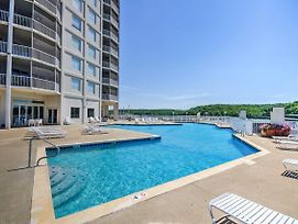 Lakefront Osage Beach Condo W/Porch & Pool Access! photos Exterior
