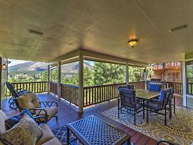 Flagstaff House W/Hot Tub, Deck & Mtn Views! photos Exterior