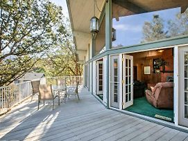Kern River Home W/ Balcony, Fire Pit & Mtn Views! photos Exterior