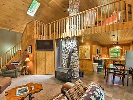 Trout Lake Cabin W/ Private Dock, Kayaks & Loft! photos Exterior
