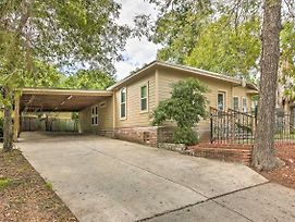 Pet-Friendly Home W/ Patio - 3 Mi. To River Walk! photos Exterior