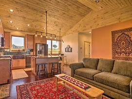 Arkansas River Valley Casita: 9-Acre Hayfield! photos Exterior
