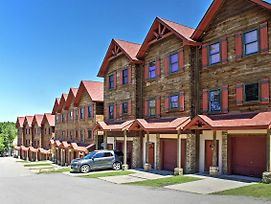 Ski-In/Ski-Out Snowshoe Townhome W/ Deck & Hot Tub photos Exterior