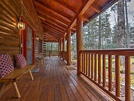 Sapphire Cabin W/Fire Pit & Game Room-In Nantahala photos Exterior