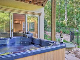 Gainesville Home With Boat Dock On Lake Lanier! photos Exterior