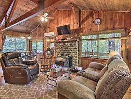 Secluded Stanardsville Cabin With 10 Acres And Hot Tub photos Exterior