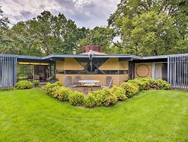 Secluded Architectural Gem On 8 Private Acres! photos Exterior