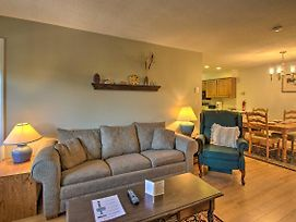 Condo With Fireplace, 2 Miles To Loon Mountain! photos Exterior