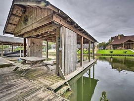Quiet Lake Conroe Townhome With 2 Boat Slips! photos Exterior