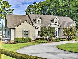 Luxe Lakefront Scottsboro Home With Boat Slip And Pool! photos Exterior