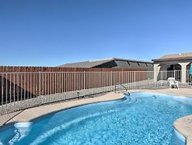 Home W/Patio ~ 10 Mins To Golf & Lake Havasu! photos Exterior